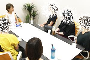 座談会の様子_1